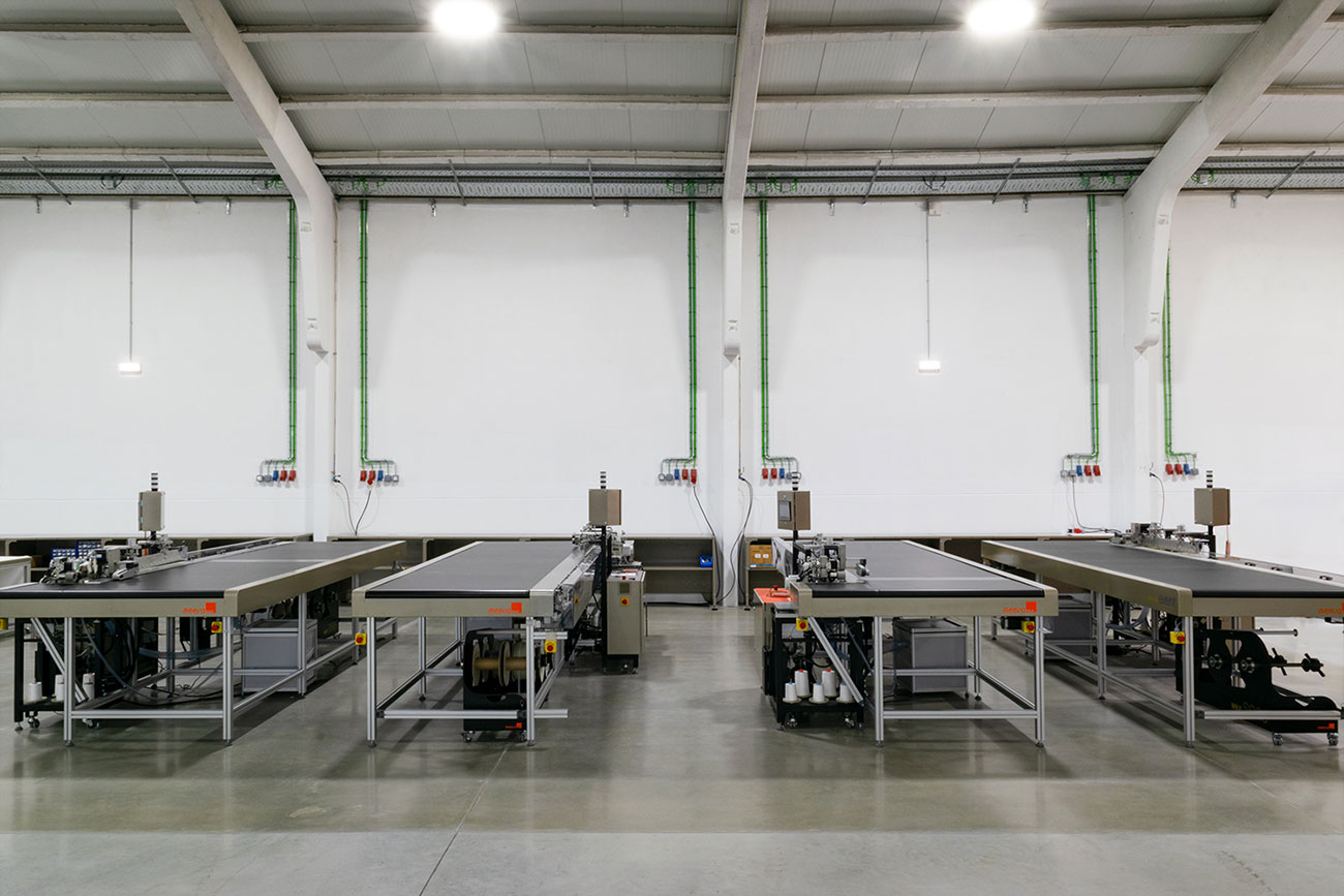MX event machines in factory